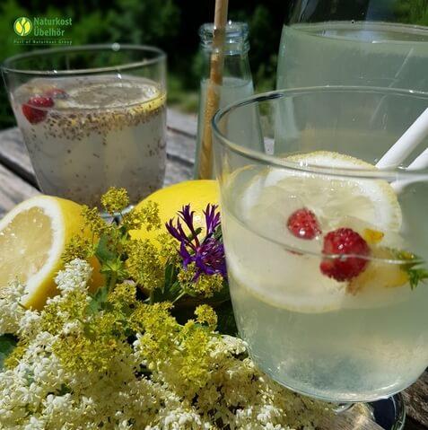 Zitronenlimonade mit Chia Q Bild Naturkost UEbelhoer.jpg